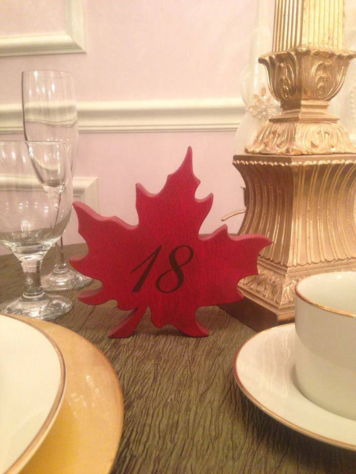 Maple Leaf Centerpiece